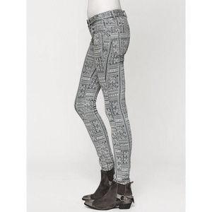 Free People Isla Batik Print Skinny Jeans Size 27